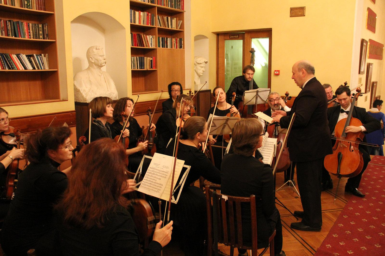 В московском Центральном доме литераторов прошел большой праздник, посвященный дню армянской письменности
