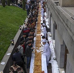 Ամենաերկար գաթան թխեցին Երևանում