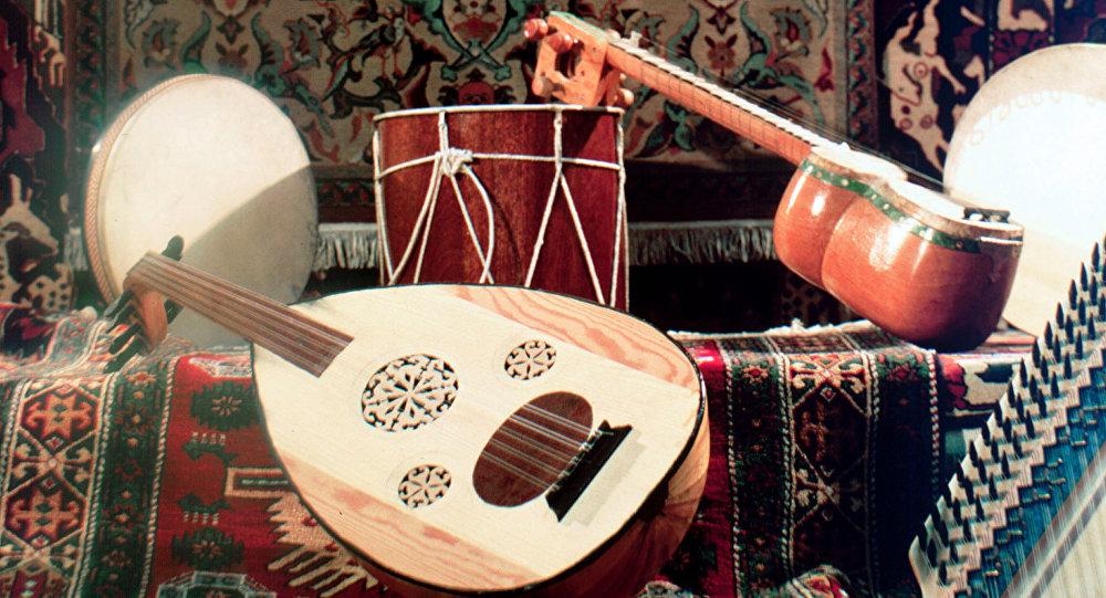Музыкальные инструменты и ковры Армении