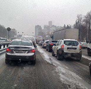 Движение на дороге зимой