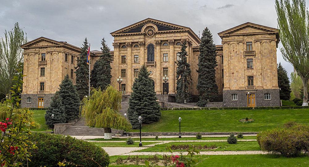 «Джентльменское соглашение» возможно в случае введения уголовного наказания для фальсификаторов выборов: требование депутата НС Армении