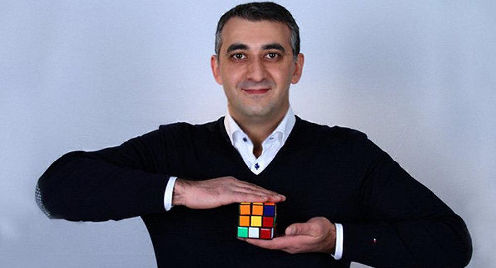 Актер комедийного плана, юморист Мкртыч Арзуманян