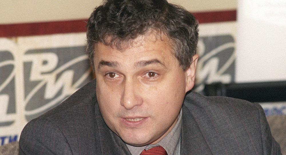 Владимир Кулистиков во время пресс-конференции