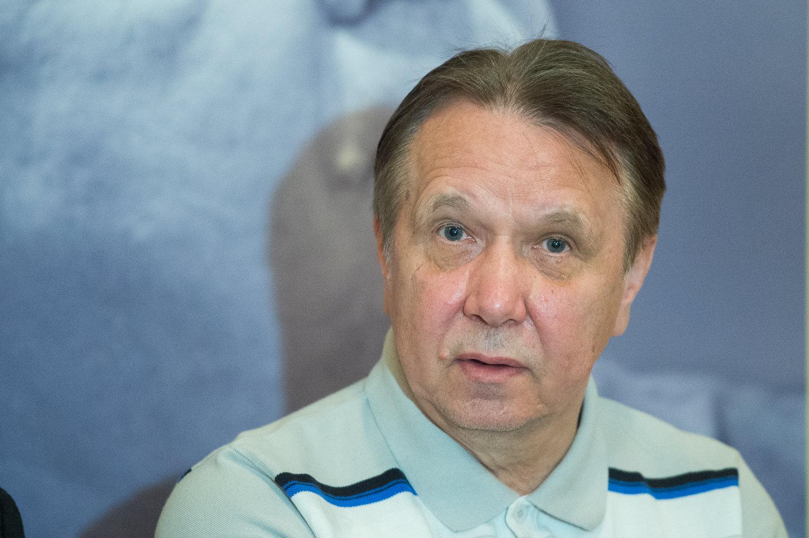 Всемирно известный пианист, лауреат премии Грэмми Михаил Плетнев на брифинге