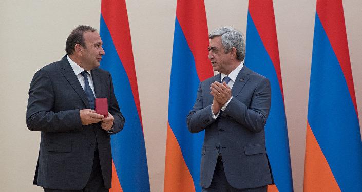 Լևոն Մկրտչայնն ու Սերժ Սարգսյանը