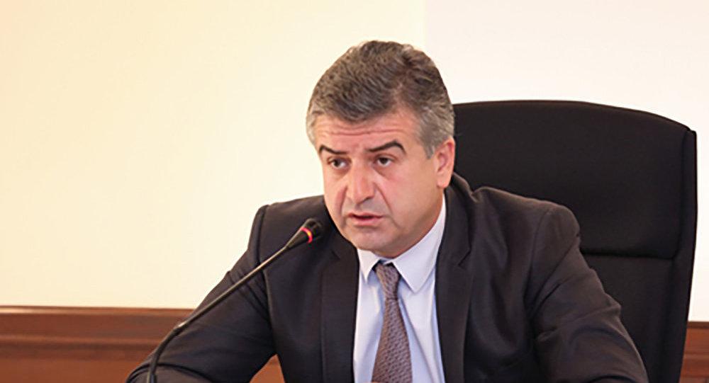 «Իրավունք». Կարեն Կարապետյանին չի հետաքրքրում ոչ քաղաքականությունը, ոչ Ամանորը. «Դրա վախտն ա՞»