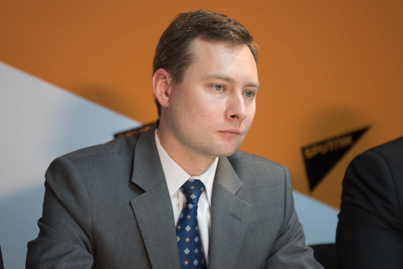 Олег Шаповалов