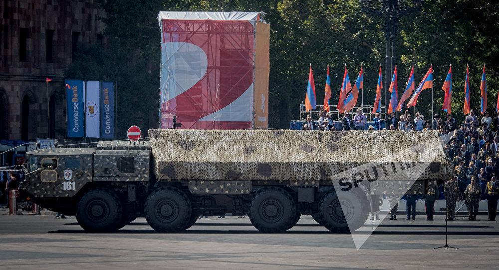 Զորահանդես Երևանում