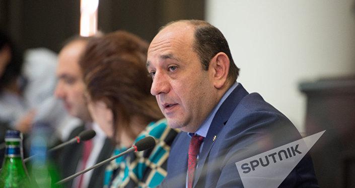 Սուրեն Կարեյան