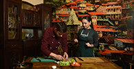 Շեֆ-խոհարարին հյուր. ինչպես պատրաստել «Թբիլիսո» աղցանը