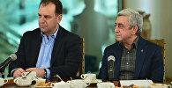 ՀՀ նախագահ Սերժ Սարգսյան և ՀՀ ՊՆ Վիգեն Սարգսյան