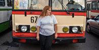 Էլմիրա (Էմմա) Մանյանը Երևանում տրոլեյբուսի միակ կին վարորդն է