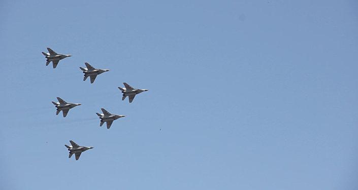 Ավիաշոու «Էրեբունի» ավիաբազայում՝ նվիրված Ռուսաստանի օրվան