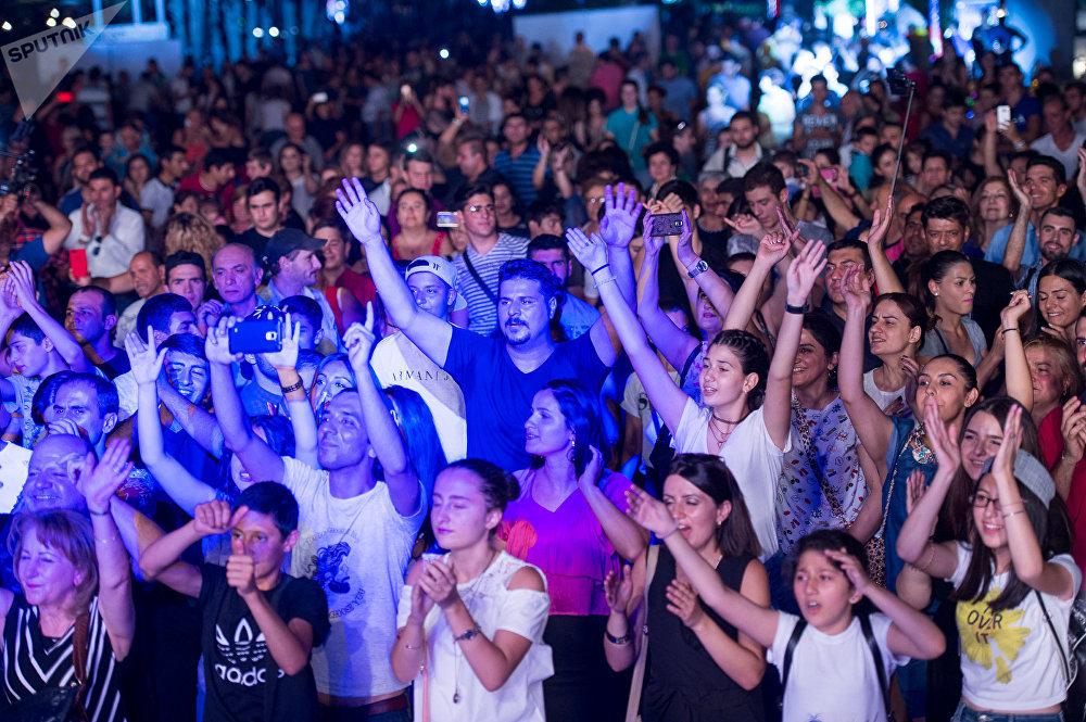 «Երիտասարդ Երևան» դիջեյների մրցույթ-փառատոն և դիսկոտեկ՝ նվիրված Երիտասարդների միջազգային օրվան